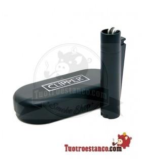 Encendedor clipper Matt Black + estuche clipper metálico